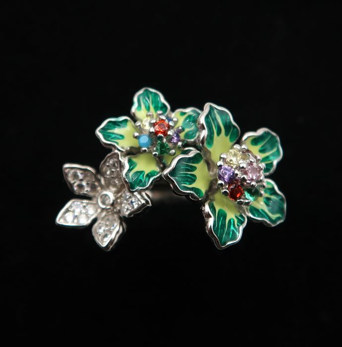Enameled silver floral ring set with a multitude of gems - Sterling silver 925 - Burma - 21st century