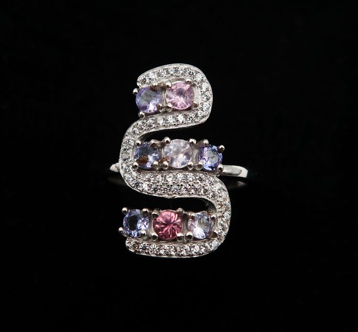 Silver snake-shaped ring set with sapphires and tanzanites - Sterling silver 925, Sapphire, Tanzanite - Burma - 21st century