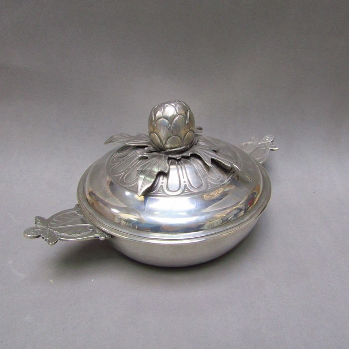 Porringer - .925 silver - 574 gr. - TAVERN - Spain - Early 19th century
