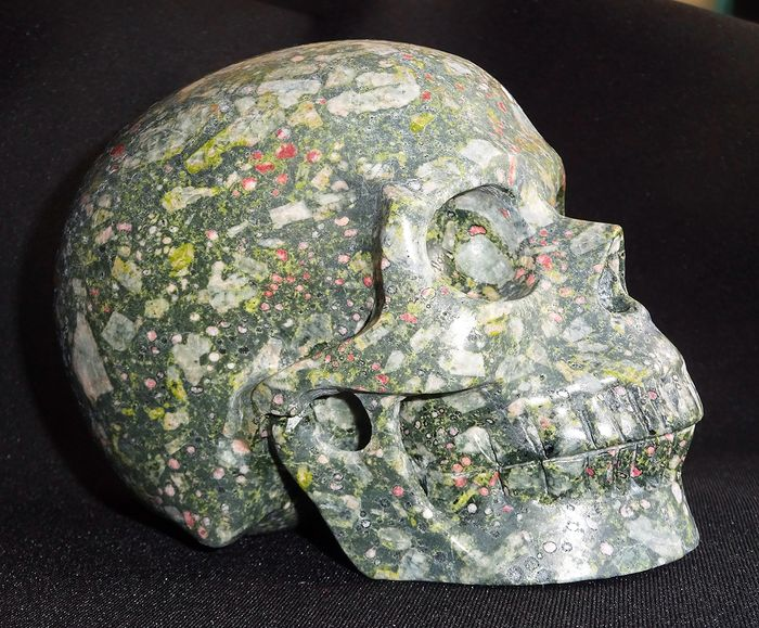 Nice Carved and Polished Skull at Jaspe Plumite - 132×99×84 mm - 1455 g