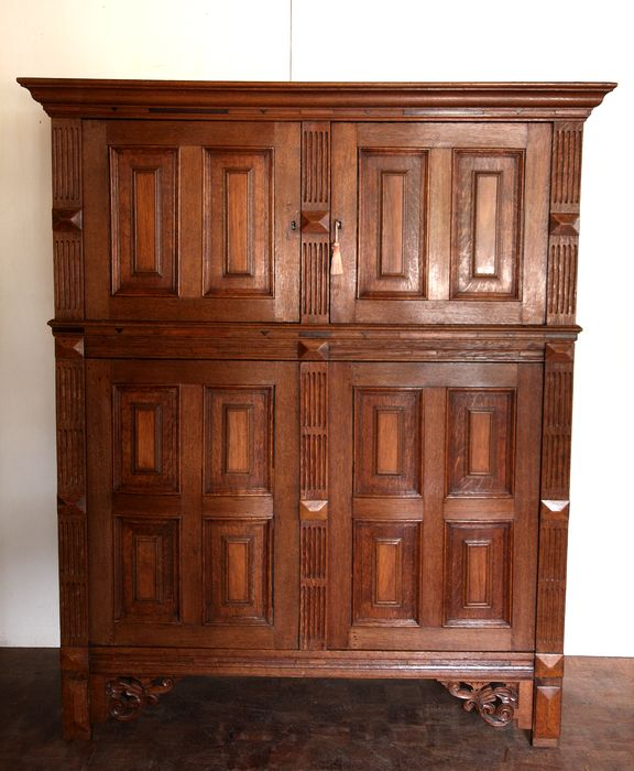 Cupboard - Renaissance Style - Oak and rosewood - Late 18th century