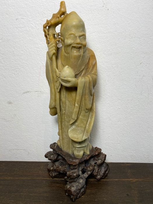 Chinese sage sculpture - Soapstone - China - Mid 20th century