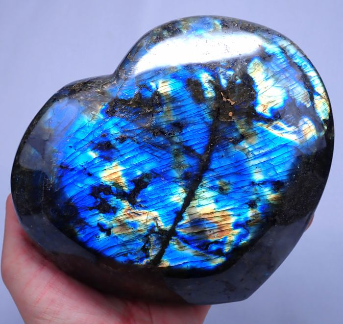 First Quality Polished Labradorite Heart - 165×145×60 mm - 1792 g
