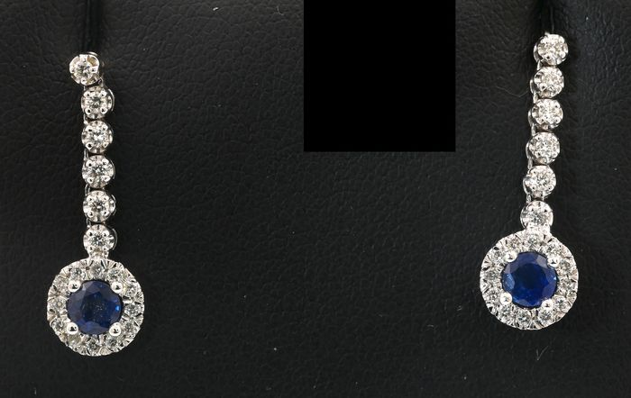 Dianoche Drop Down sapphire earrings with  AIG Certificate - 18 kt. White gold - Earrings - 0.50 ct Sapphire - Diamonds
