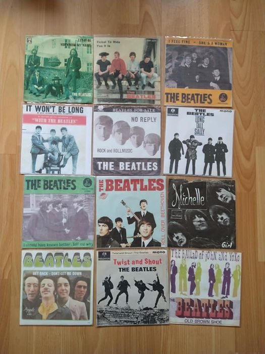 Beatles - Multiple artists - 12 singles of The Beatles with Copy sleeve - Multiple titles - 45 rpm Single - 1963/1970