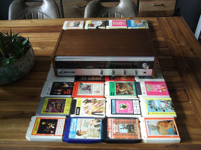 JVC, Nivico - STF-600E & 36 Cassettes - Multiple models - 8 Track Player