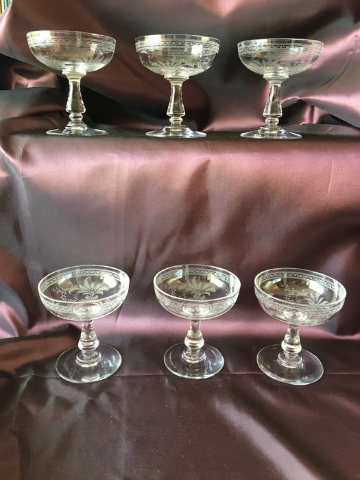 Baccarat - French antique acid etched champagne coupes - champagne glasses - possibly Baccarat (6)