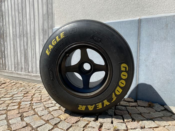 Formula One - Tire complete on wheel