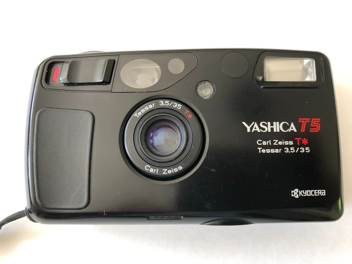 Yashica T5 + Carl Zeiss lens F3.5