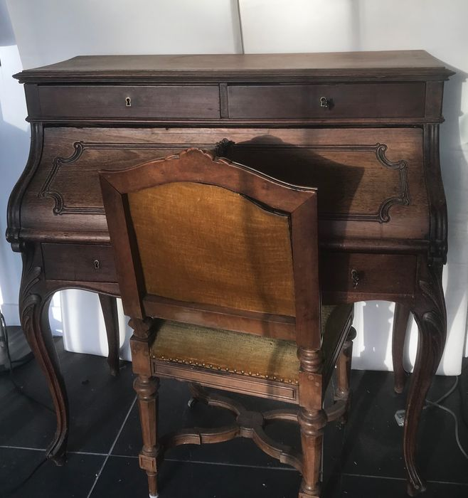 Desk - Louis XV Style - Stained wood, the interior with burr wood - 19th century