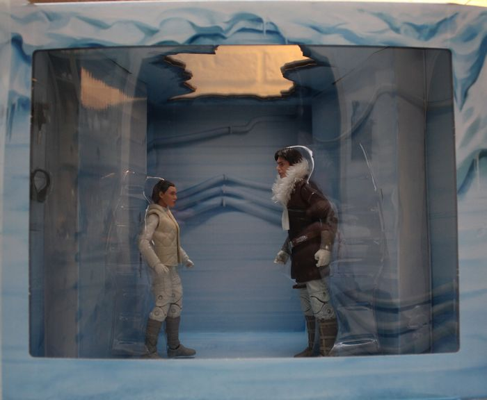 "Star Wars - The Empire Strikes Back - Black Series -  6"" Hoth Han Solo & Princess Leia Organa  - Action figure"