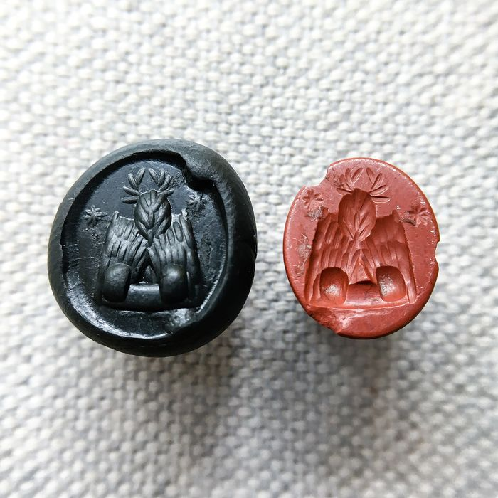 Ancient Roman Jasper Intaglio with an Imperial Eagle - 2×9.5×12 mm - (1)