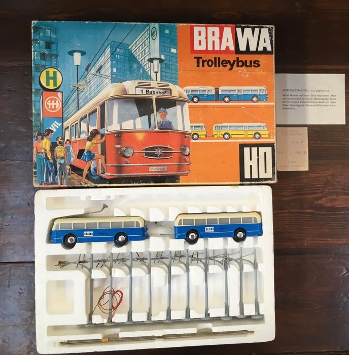 Brawa H0 - Trolleybuses - With complete lighting