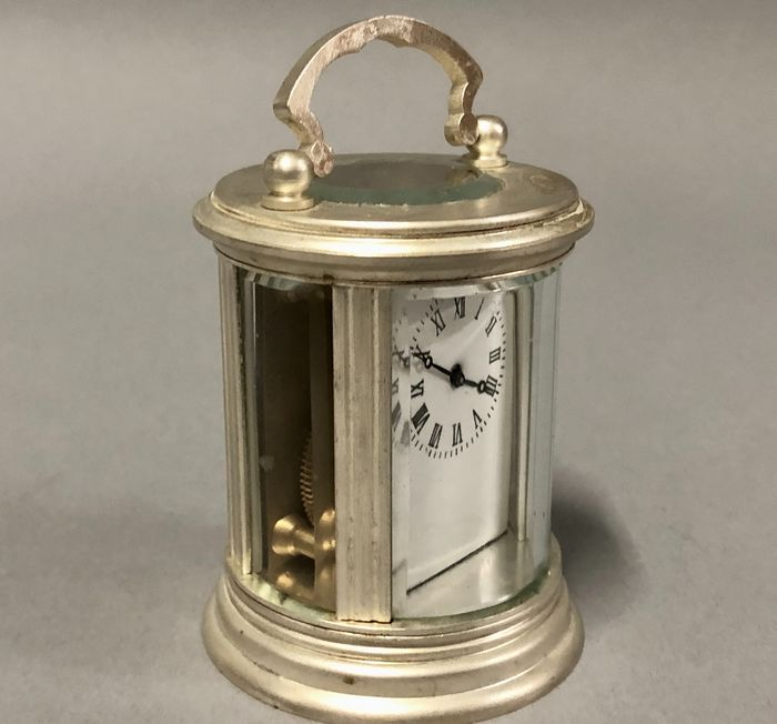 Round model Carriage clock - Silver plated - Late 20th century