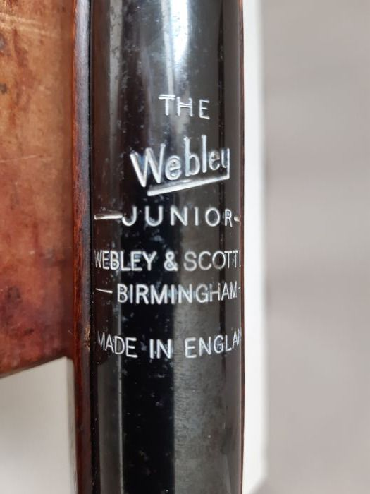 United Kingdom - Webley & Scott, Ltd. - Junior - Break Barrel - break barrel - Air rifle - 4.5 Pellet Cal