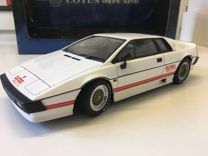 Autoart - 1:18 - Lotus Esprit Turbo