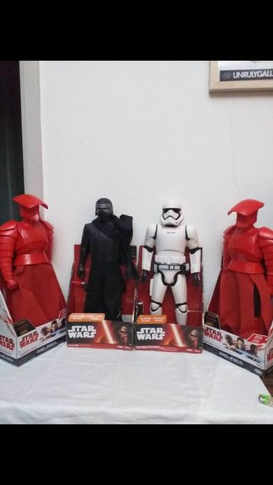 Star Wars - 1:6 - Action figure Kylo Ren (45cm), 2x Praetorian Guard (45cm) & First Order Storm Trooper (45cm)