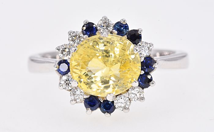18 kt. White gold - Ring - 3.55 ct GIA Unheated Sapphire - Diamonds