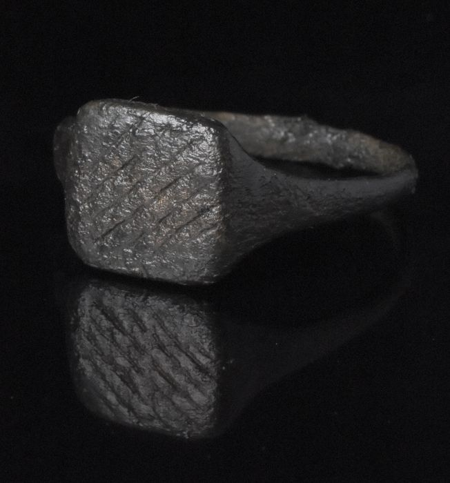 Ancient Roman Bronze Ring with Fisherman Net Pattern