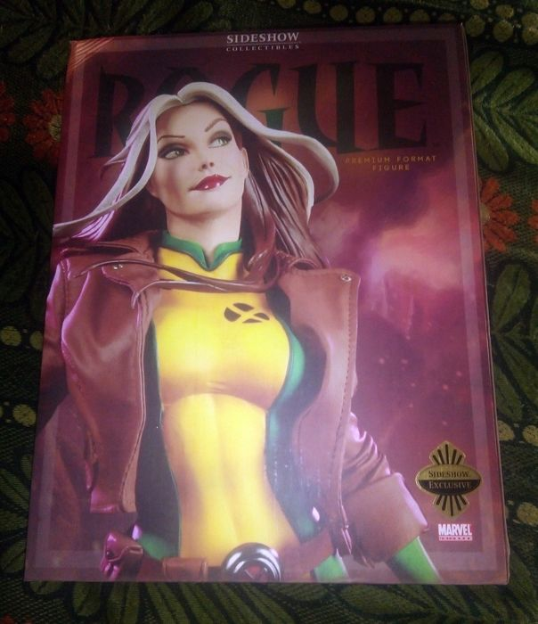 Marvel - X-Men - Sideshow Toys - 1:4 - Statuetta(e) Rogue - Premium Format Figure - Exclusive (N.48/750) with switch-out Face and 2 Art Prints