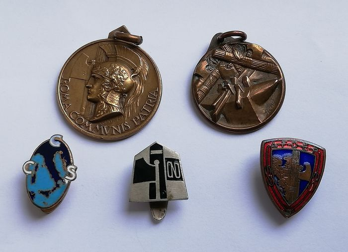 Italy - Lotto was a fascist: 2 medals and 3 badges