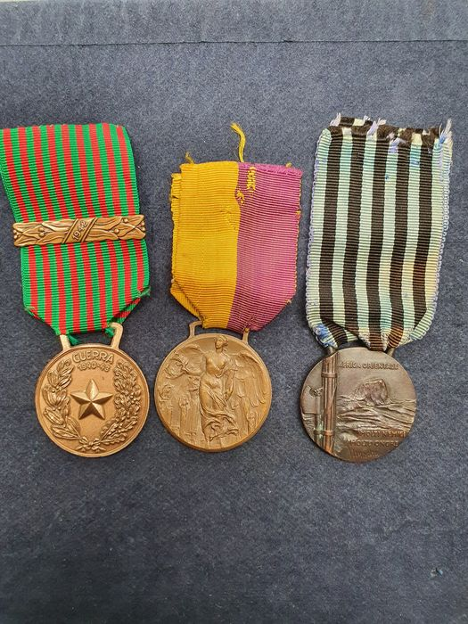 Italy - Accessories, Badge, Medal