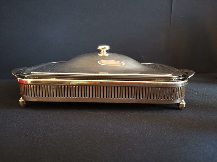 Oven dish in a luxurious silver-plated carrier with lid - France - circa 1970 (1) - Silver plated metal - glass