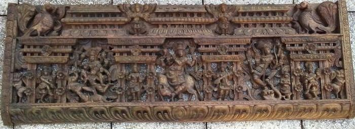 Grandiose panel carved in high relief (1) - Wood - India - Second half 20th century
