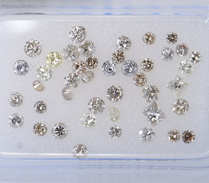 43 pcs Diamond - 0.92 ct - MixShapes - Mix Colors - VVS       SI3     ** No Reserve Price **