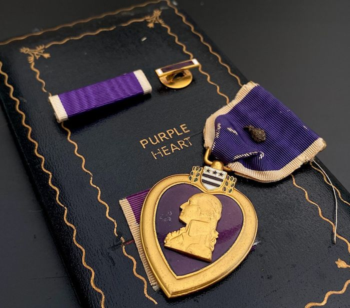 United States - US Armed Forces - WW2 Purple Heart with Oak Leaf Cluster - Complete in original box - numbered! - 1942
