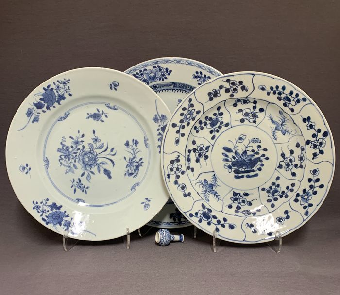 Plates (3) - Porcelain - Chinese - Blossom - China - Qianlong (1736-1795)