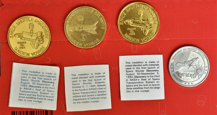 Medal medal - 4 medals made from metals flown on board of the Sky-lab and space shuttle Port Canaveral Florida