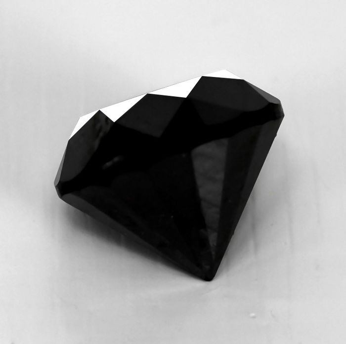 Diamant - 5.95 ct - Brillant - Black - NO RESERVE PRICE Treated Colour