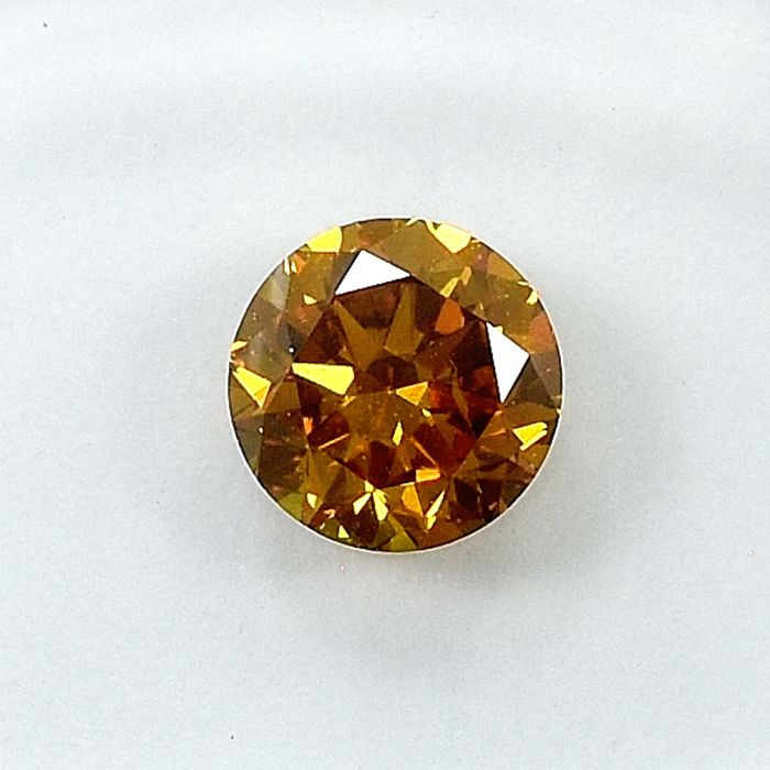 Diamond - 0.70 ct - Brilliant - Natural Fancy Orangy Yellow - SI2