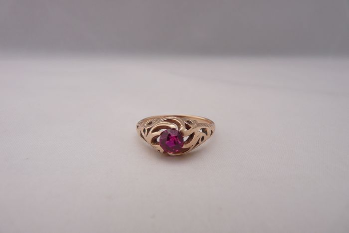 14 kt. Yellow gold - Ring Ruby