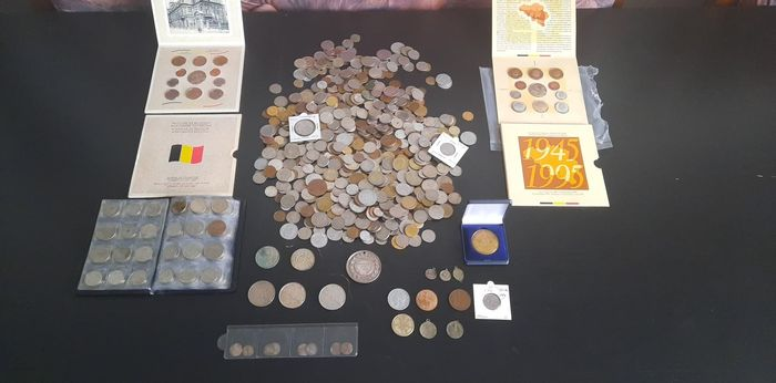 World - Lot various coins, medals and sets 1600-2000 (± 600 pieces)