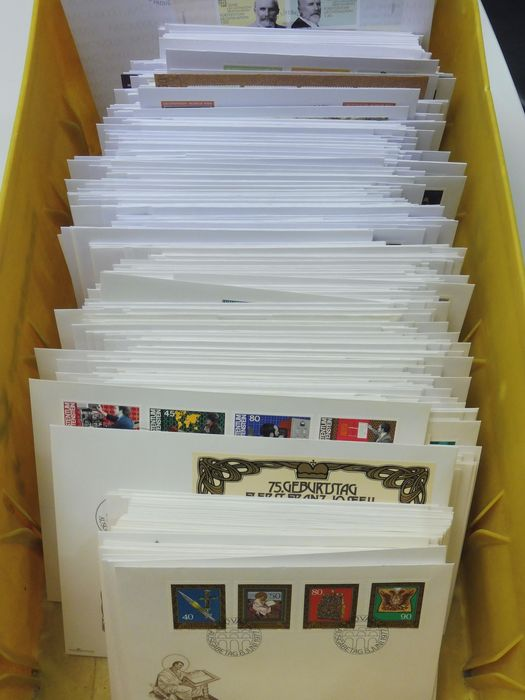 Liechtenstein 1978/2013 - Collection of first day covers (FDCs), complete, except for a few.