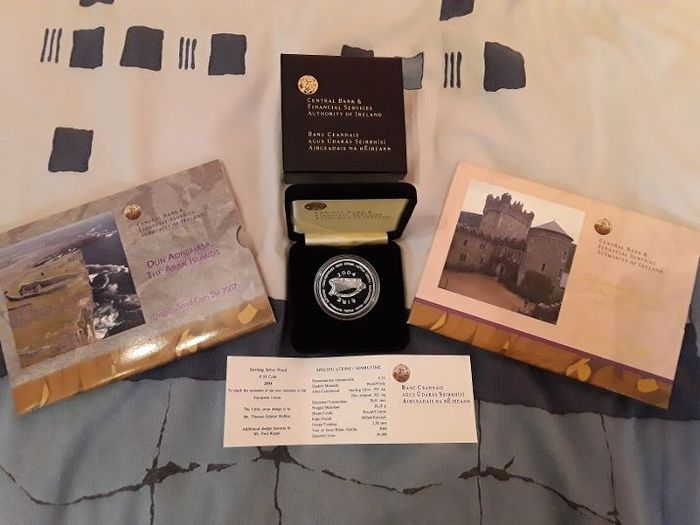 Ierland - Sets Eurocoins 2006 and 2007 + 10 Euro 2004 Commemorative (3 items)