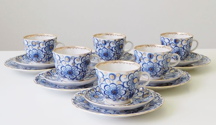 "Nina Slavina - Lomonosov Imperial Porcelain Factory - Tulip ""Bindweed"" Coffee set for 6 persons (18) - Gold, Porcelain"