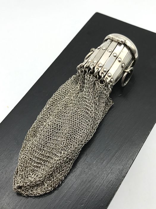 Sturdy 19th century silver Money pouch with chainmail - Silver