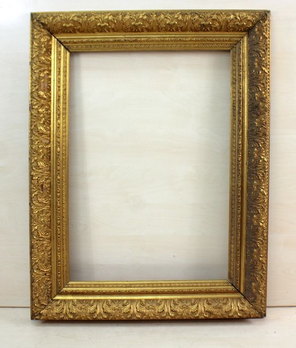 A classic picture frame - Gilt, Limewood - about 1900