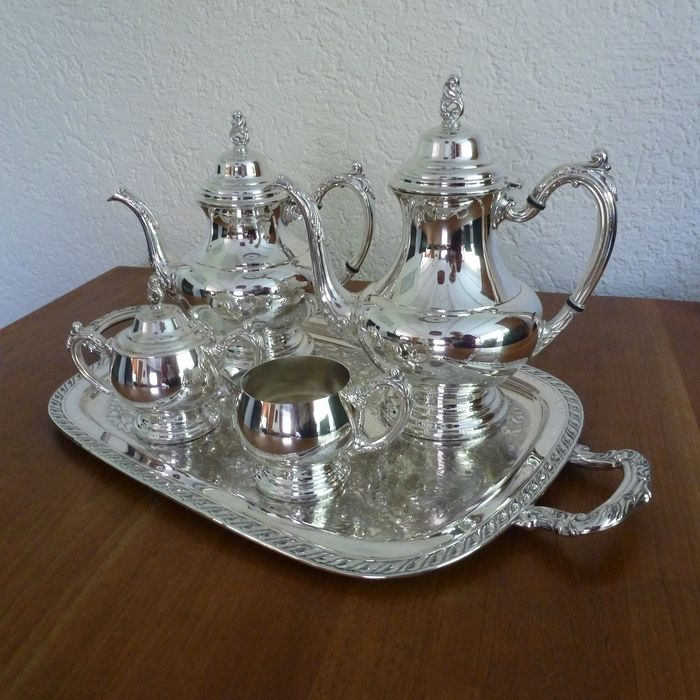 5-piece coffee / tea service from the brand Oneida produced in the USA. - Silverplate