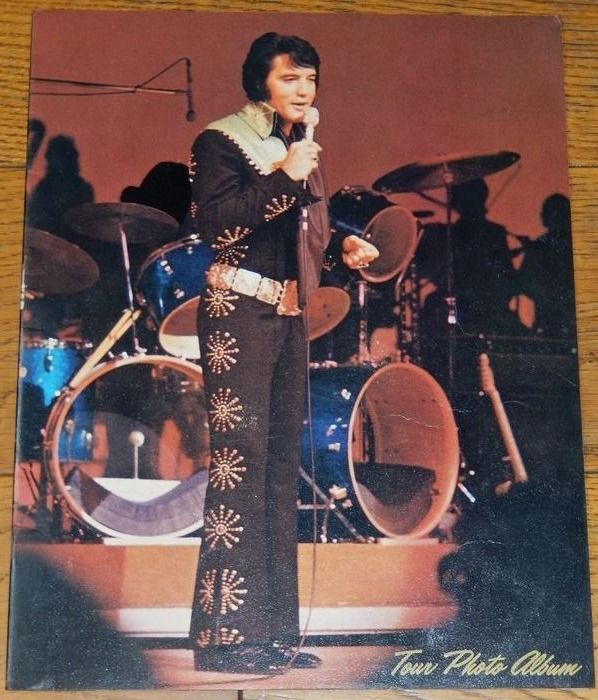 Elvis Presley - Original US Concert Photo Album 1972 RCA - Tour- book, Concert Tour Photo Album - 1972/1972