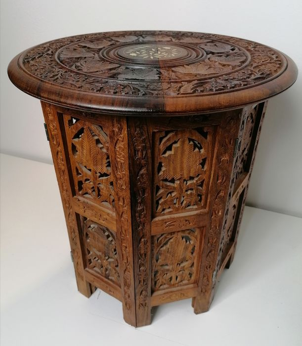 Side table - Wood - India - 2nd half of the 20th c