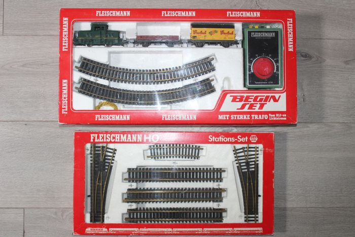 Fleischmann H0 - 6300/6090 - Rails, Treinset - with shunting loc, 2 freight carriages, tracks and power supply