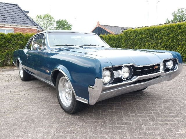 Oldsmobile - Cutlass Coupe 442 - 4 speed - 1967