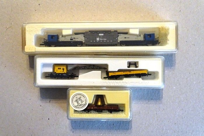 Märklin Z - 8657/8620/88608 - Freight carriage - 4 heavy transport wagons - DB