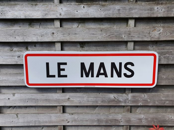 Sign - le mans - le mans - After 2000