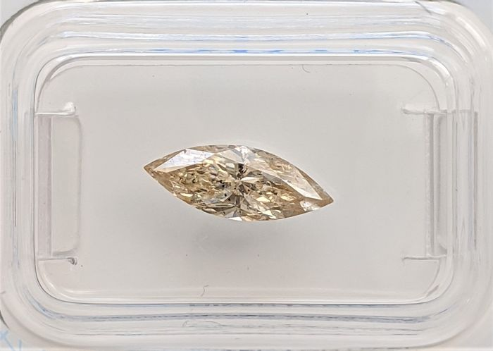 Diamond - 1.07 ct - Marquise - fancy brownish yellow - SI2, No Reserve Price
