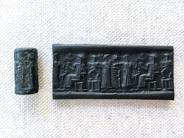 Mesopotamian Stone Old-Babylonian Cylinder Seal - 18×8×8 mm - (1)